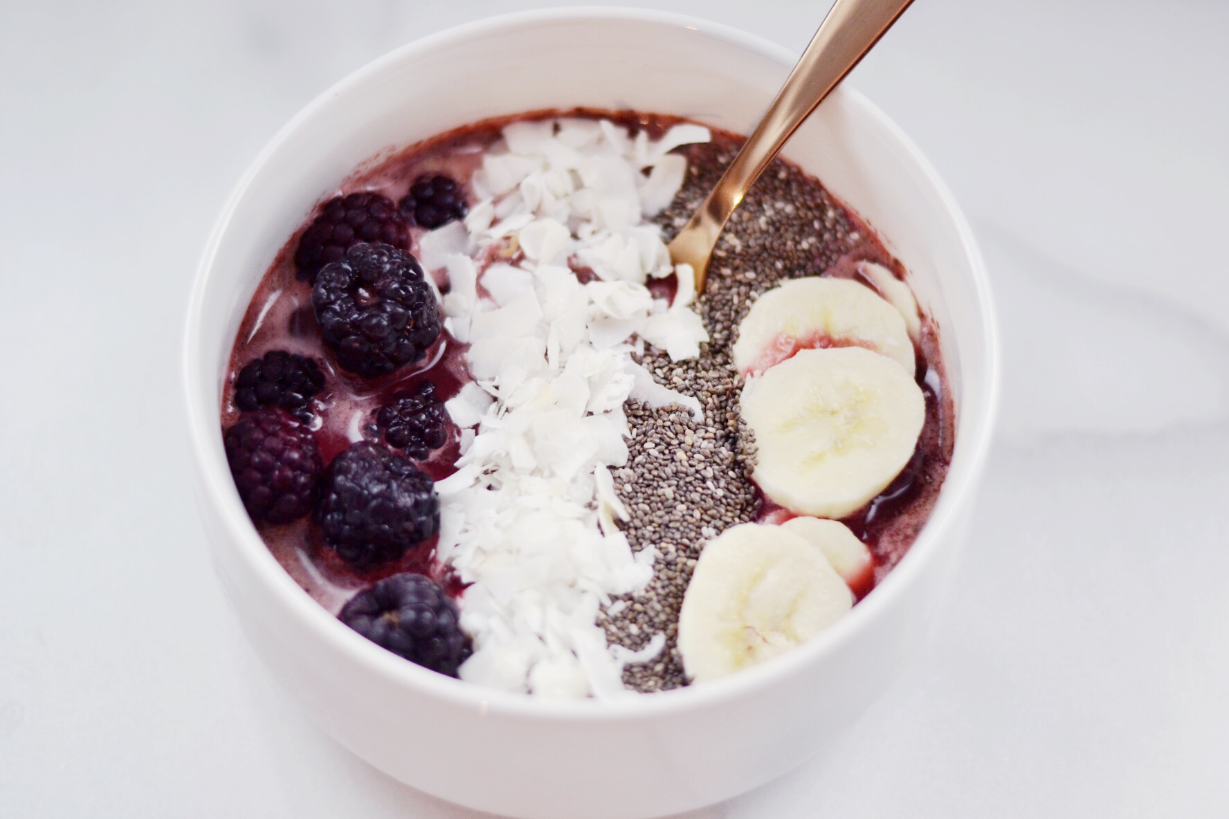 Berries and Greens Smoothie Bowl Recipe