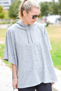 gapfactory-fit-poncho-and-activewear-style
